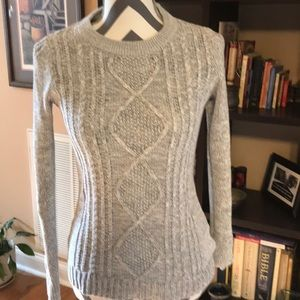 Old Navy Pullover Sweater Size XS GRAY